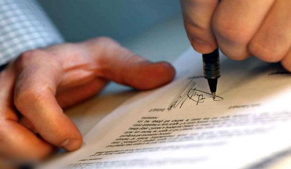 tanda tangan perjanjian